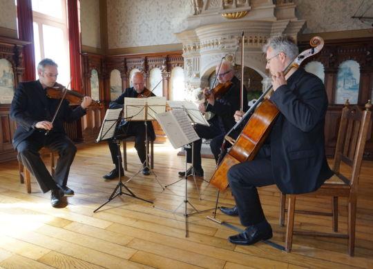 Vive la France - Milhaud, Ravel und Debussy beeindruckten das Publikum (Foto Gritje Peters, Anzeiger für Harlingerland)